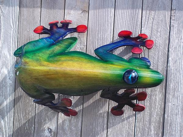 Amazon Tree Frog Sculpture