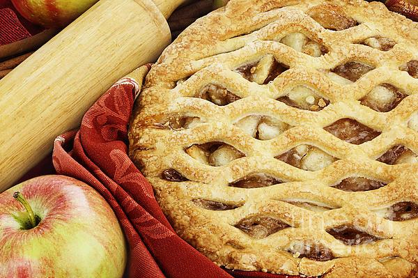 Apple Pie Print by Stephanie Frey