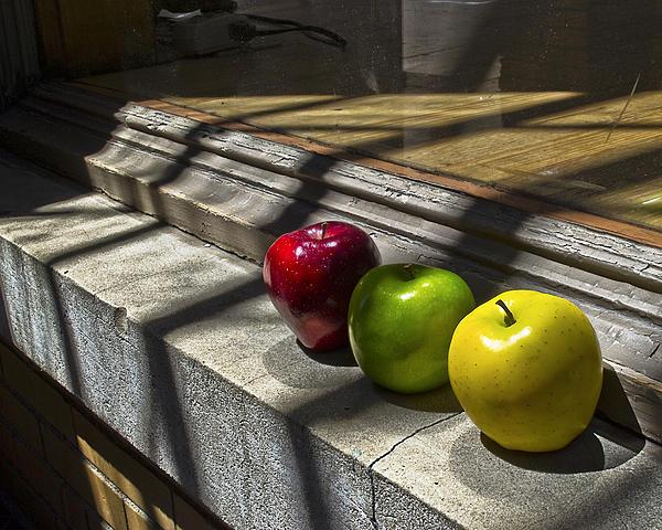 Kurt Bonnell - Apples Still2