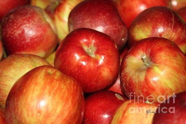 Apples Print by Yumi Johnson