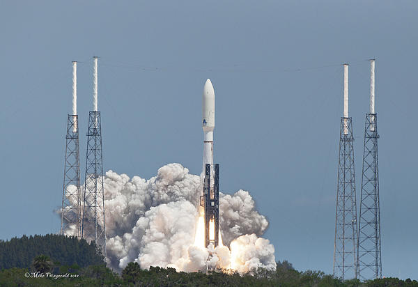 Atlas V Launch Print by Mike Fitzgerald