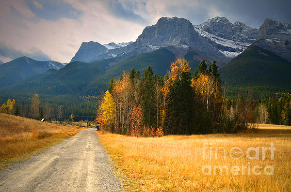 Tara Turner - Autumn in the Rockies