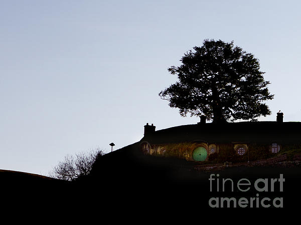 Bagend Dusk Print by Linde Townsend
