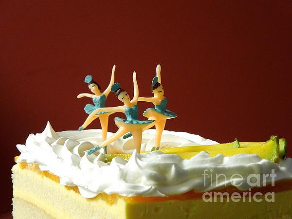 Renee Trenholm - Ballet on Cake