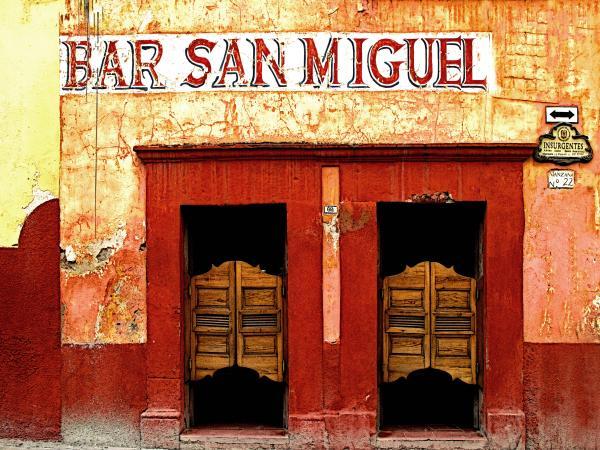 Olden Mexico - Bar San Miguel