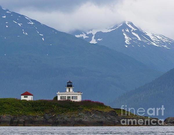 Darcy Michaelchuk - Barlow Island Lighthouse