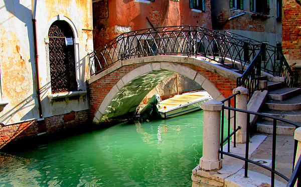Bridge In Venice Print by Barbara Walsh
