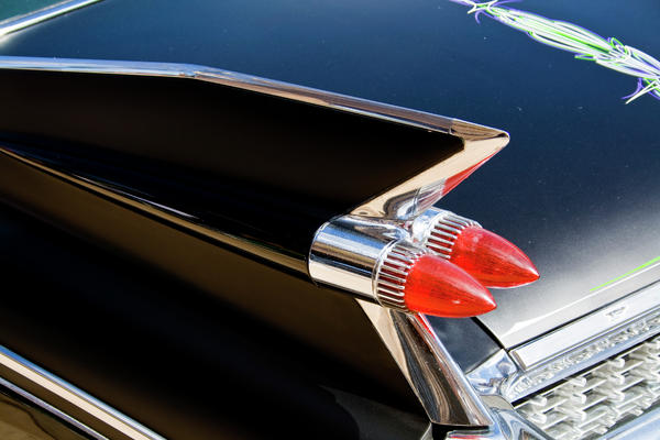 Caddy Fin Print by Terry Thomas