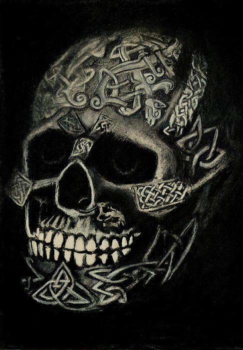 Lynn Hughes - Celtic Skull