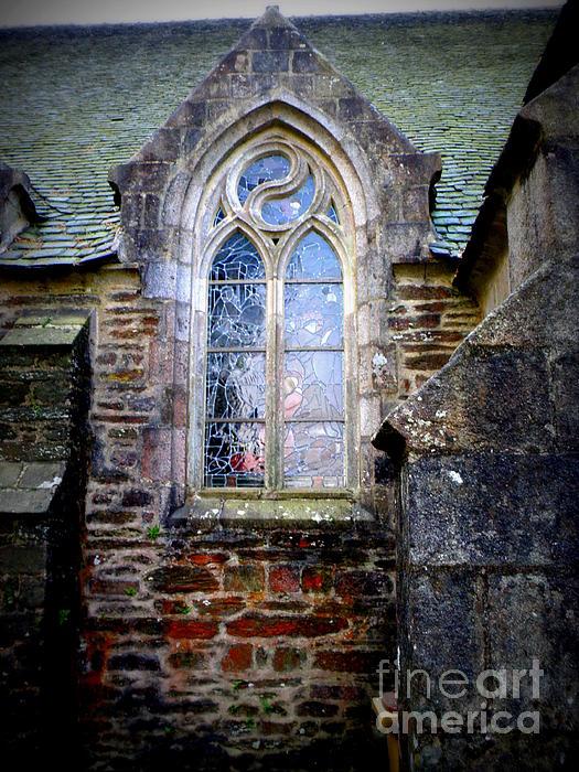 Lainie Wrightson - Chapel Window
