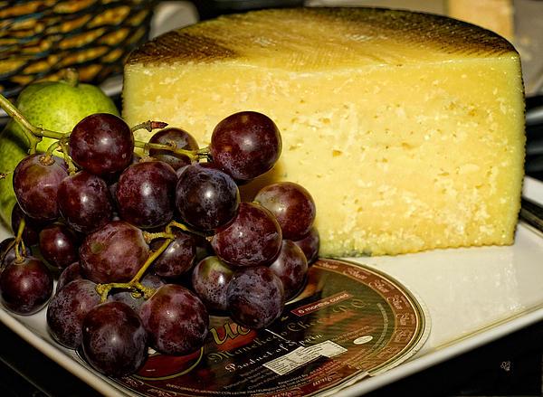 Barbara Middleton - Cheese and Grapes