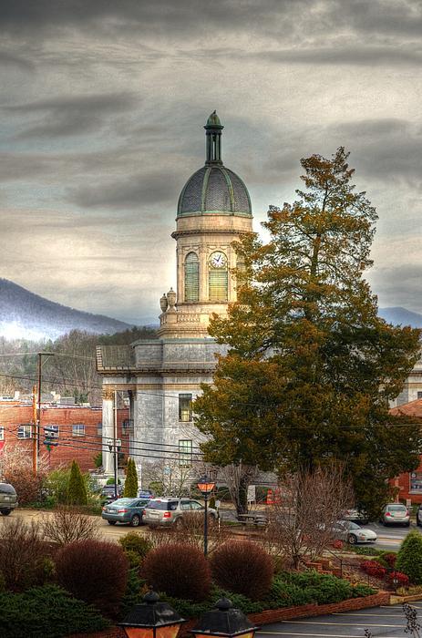 Greg and Chrystal Mimbs - Cherokee County North Carolina Courthouse