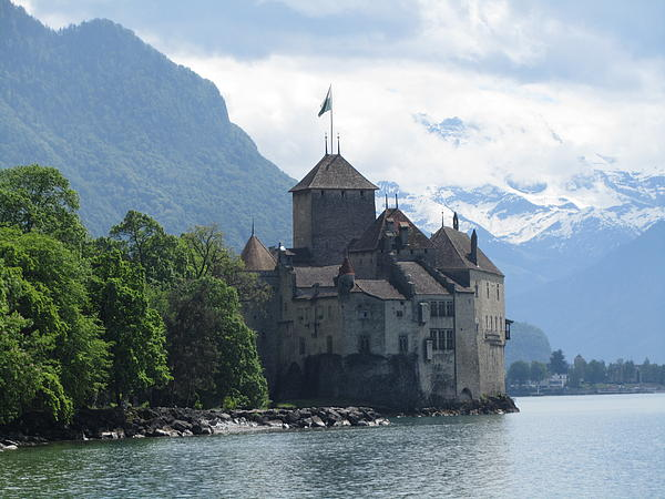Barbara Saccente - Chillon Castle