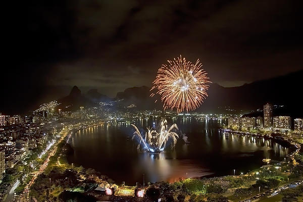Christmas In Rio 2 Print by Sergio Bondioni