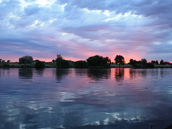 Carol Groenen - Clouds and Sunset Reflection in Prosser