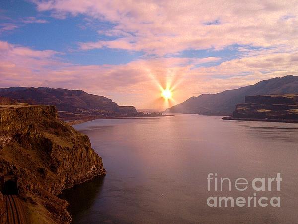 Charles Robinson - Columbia River Sunrise