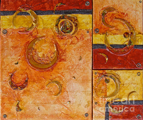 Phyllis Howard - Crescent Maze