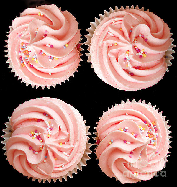 Cup Cakes Print by Jane Rix