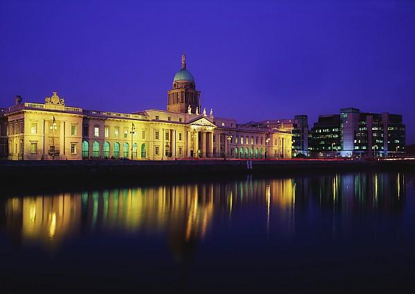 Custom House, Dublin, Co Dublin Print by The Irish Image Collection
