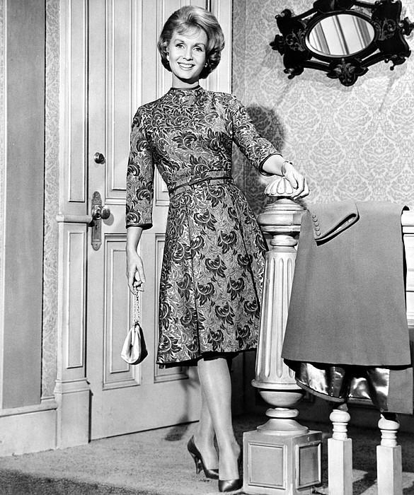 Debbie Reynolds In A Travilla-designed Print by Everett