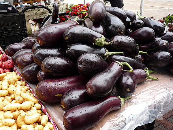 Eggplants And Fingerling Potatoes Print by David Bearden