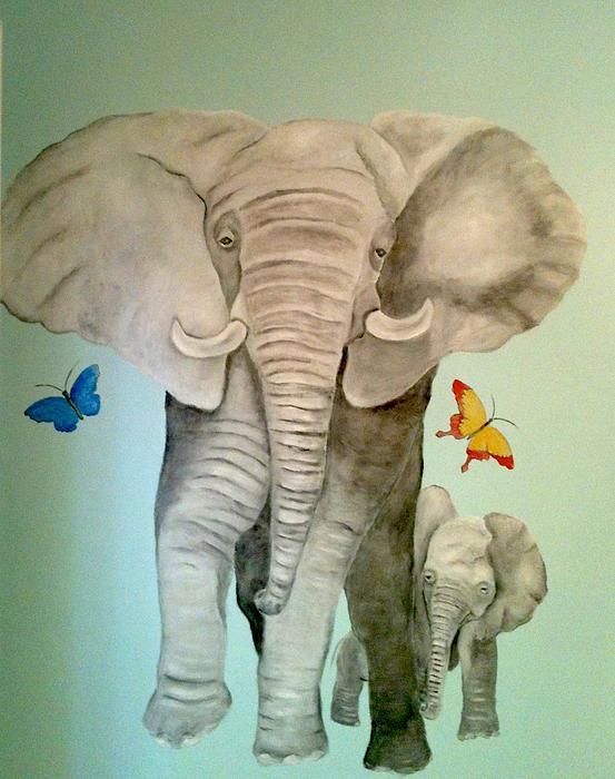 Gabriele Utz - Elephant mom and baby