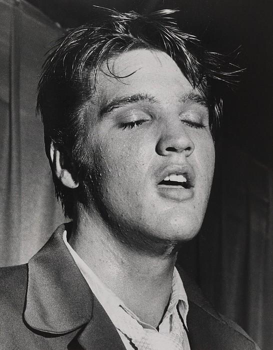 Elvis Presley 1935-1977 Print by Everett