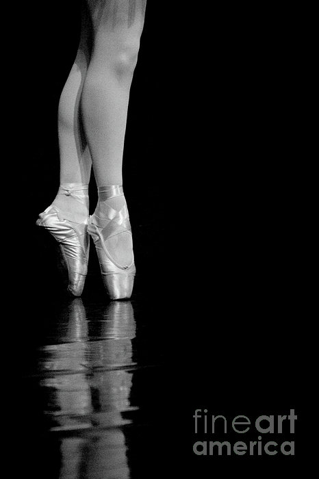 En Pointe Print by Jeannie Burleson
