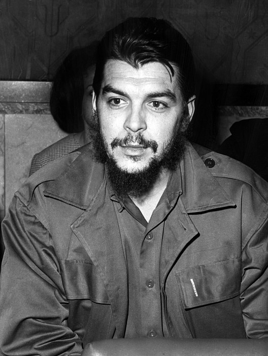 Ernesto Che Guevara Steps Off A Plane Print by Everett