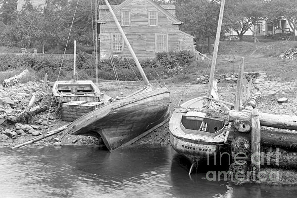 Family Wharf At Kittery Point In Maine 1900 Print by Padre Art