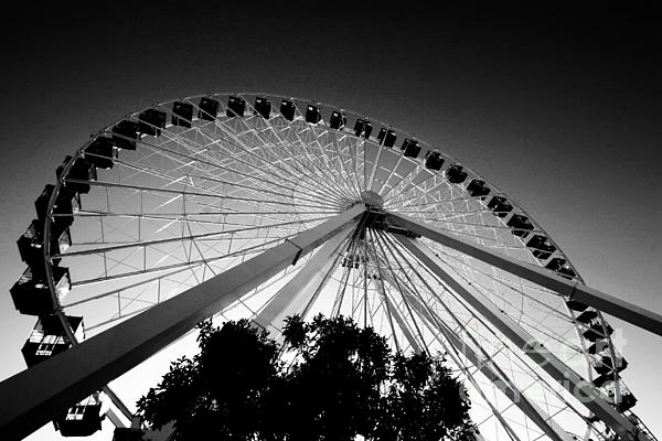 Ferris Wheel Print by Leslie Leda