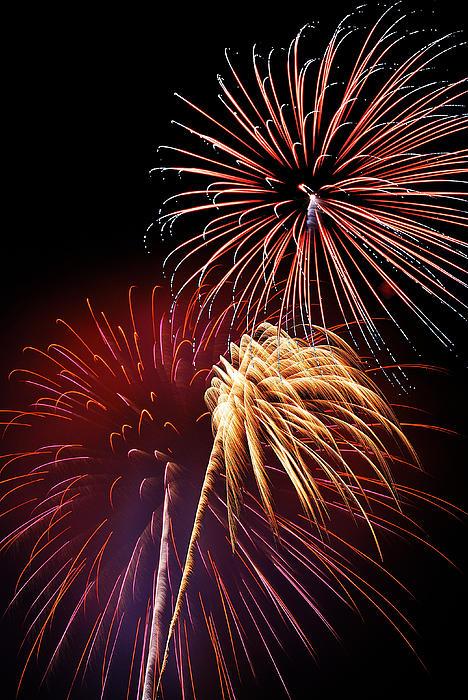 Fireworks Wixom 3 Print by Michael Peychich