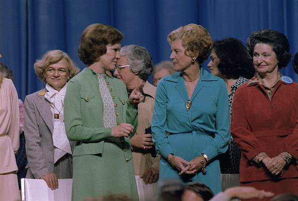 First Ladies Rosalynn Carter With Betty Print by Everett