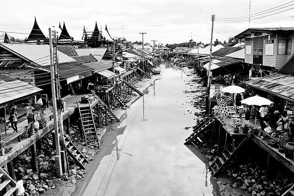 Floating Market In Thailand Print by Sarayut Mathavetchathum