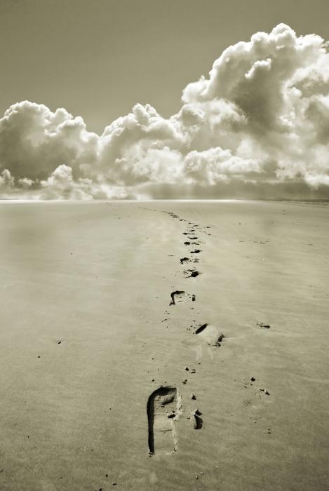 Footprints In Sand Print by Mal Bray