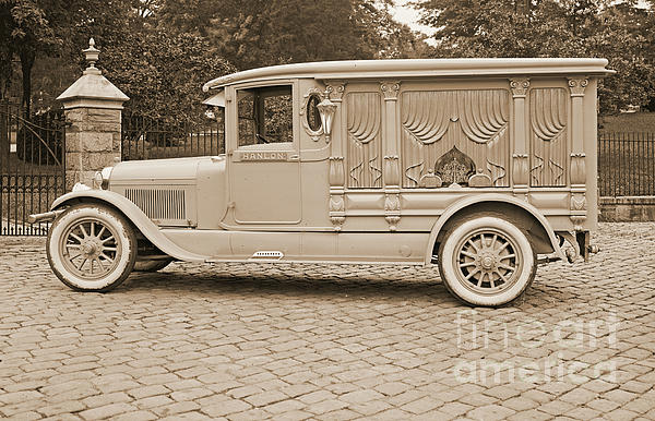 Ford Motor Company Hanlon Lincoln Hearse 1915 By Padre Art