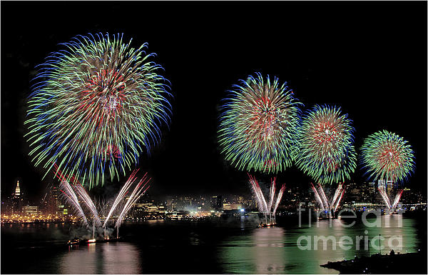 Fourt Of July In Nyc Print by Susan Candelario