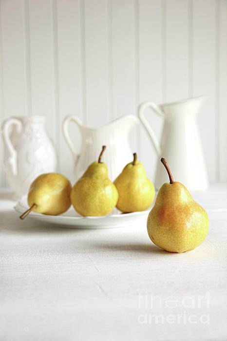 Fresh Pears On Old Table Print by Sandra Cunningham