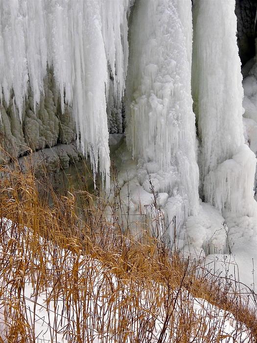 Stephanie Moore - Frozen Rideau Falls 2