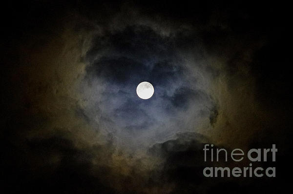 Valerie Hesslink - Full Moon October 2011