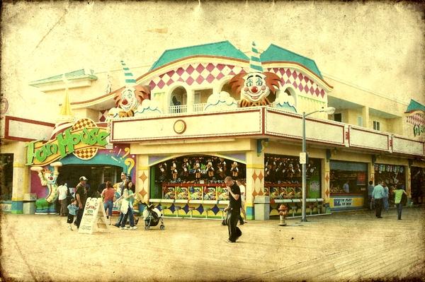 Fun House - Jersey Shore Print by Angie Tirado