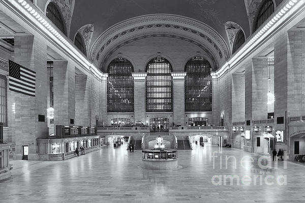 Grand Central Terminal II Print by Clarence Holmes