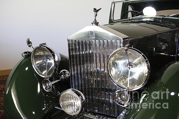 Nina Prommer - Green Rolls Royce