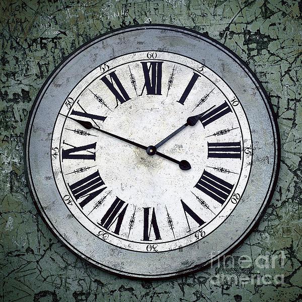 Grungy Clock Print by Carlos Caetano