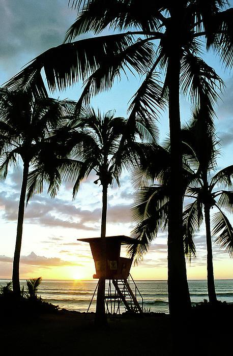 Haleiwa Sunset Print by Kevin Munro