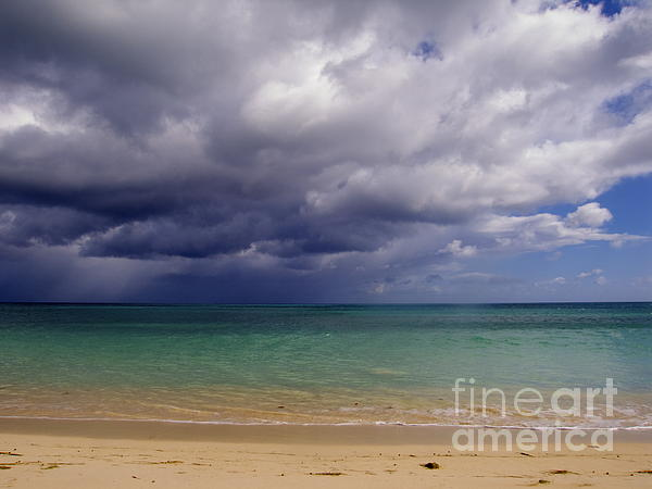 Kimberley Bennett - Hawaiian Storm