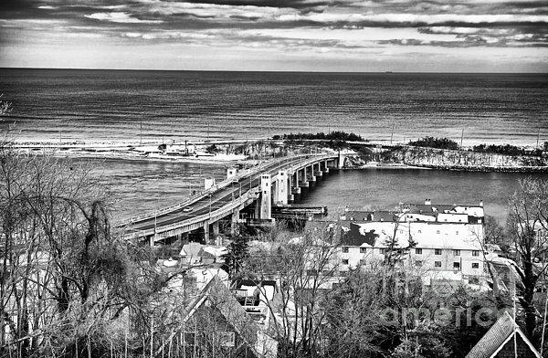 Highlands Bridge Print by John Rizzuto