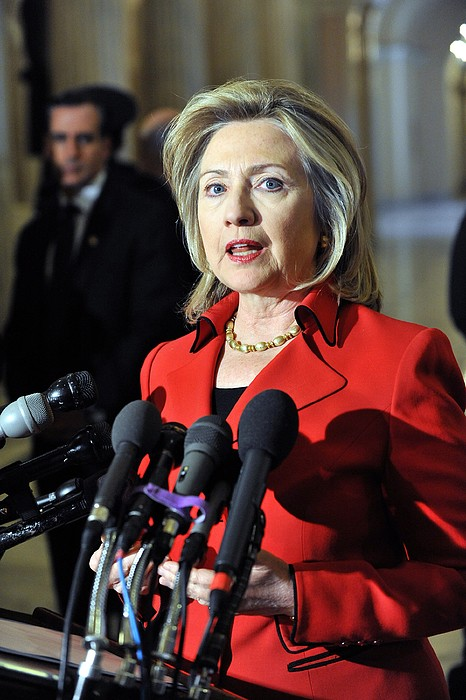 Hillary Clinton Speaking To The Press Print by Everett