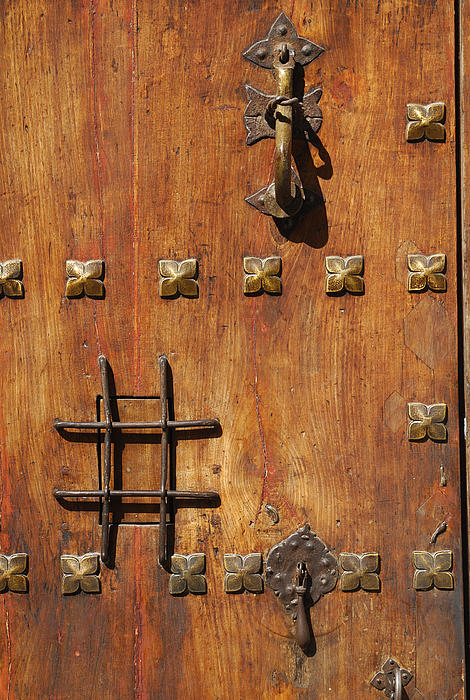 Guido Montanes Castillo - Historic Door