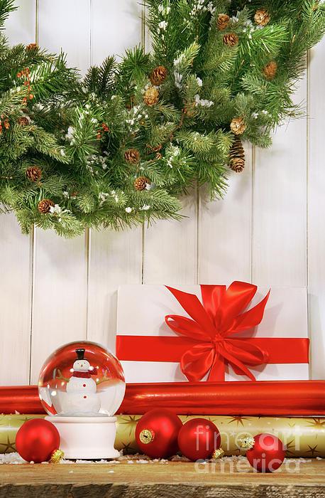 Holiday Wreath With Snow Globe Print by Sandra Cunningham